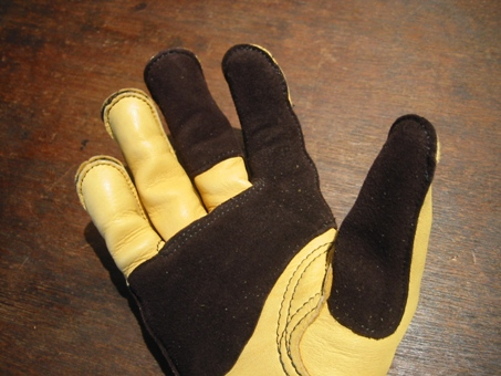 J.Churchill Glove winter Ver121910M1.JPG